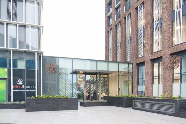 Thumbnail Flat for sale in Stratophere, Great Eastern Street, Stratford, London