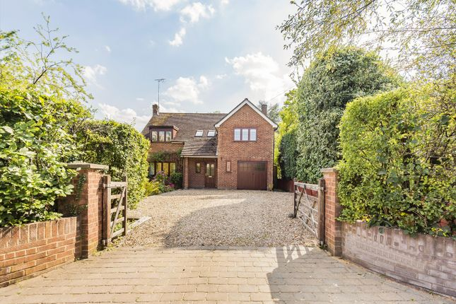 4 bed detached house for sale in Stoke Row, Henley-On-Thames, Oxfordshire RG9