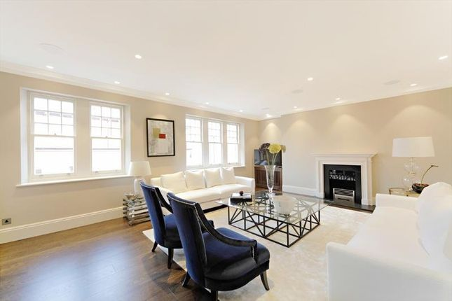 Thumbnail Flat to rent in Cadogan Gardens, Chelsea