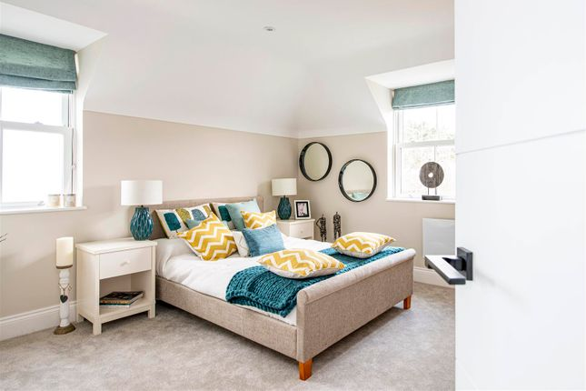 2 bedroom flat for sale in Dorchester Road, Weymouth