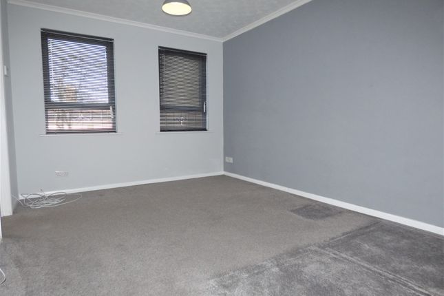 Lounge / Bedroom of Culver Rise, South Woodham Ferrers, Chelmsford CM3
