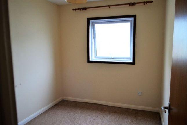 Photo 4 of 2 Bedroom Flat, Vicarage Lawn, Barnstaple EX32