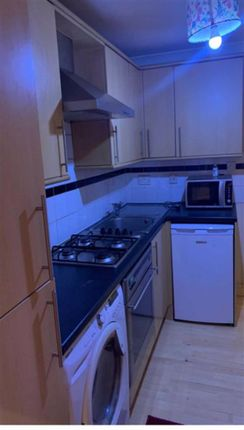 Thumbnail Studio to rent in Beverley Drive, Edgware, Middlesex
