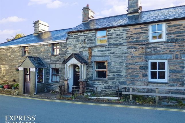 Thumbnail Cottage for sale in John Street, Penmachno, Betws-Y-Coed, Conwy