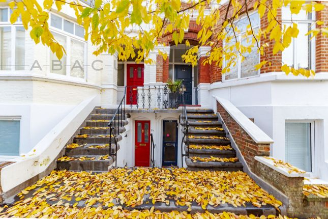 Thumbnail Flat for sale in Kingdon Road, West Hampstead