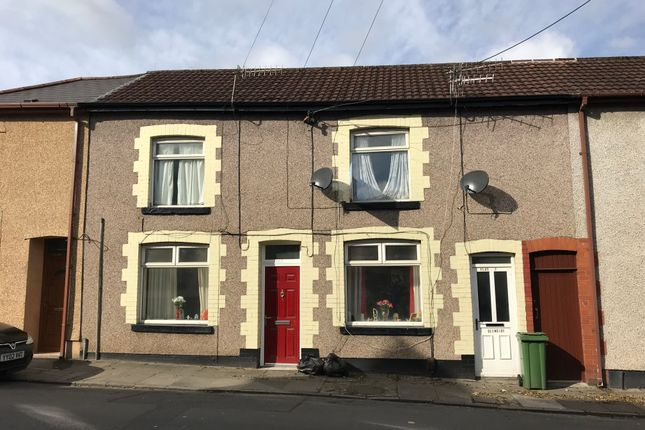 Thumbnail Flat to rent in Llantrisant Road, Pontypridd