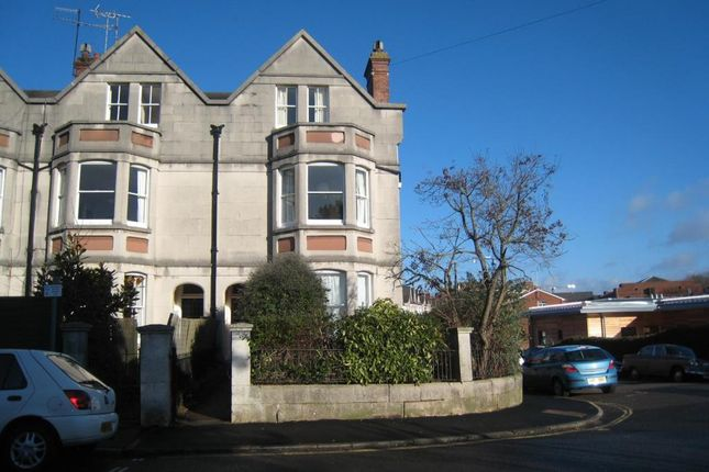 Thumbnail Flat to rent in Barnfield Road, St Leonards, Exeter