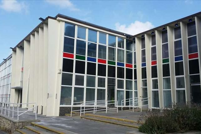 Serviced office to let in The Old Library, Maidstone