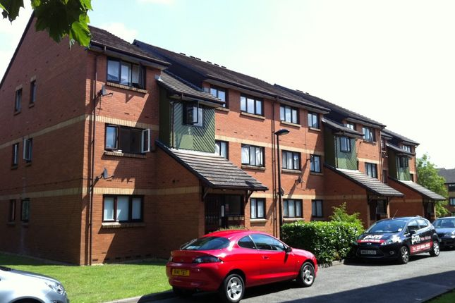1 bed flat to rent in Maltby Drive, Enfield EN1