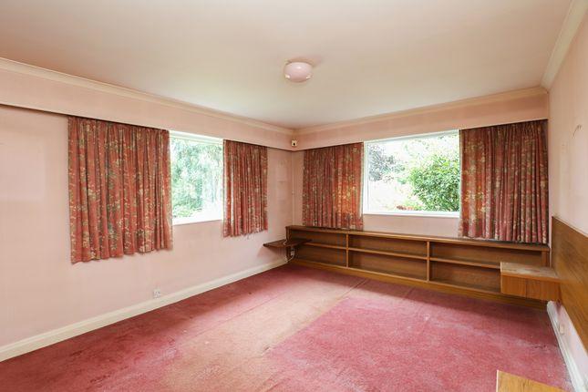 Bedroom 1 of Hollow Lane, Halfway, Sheffield S20