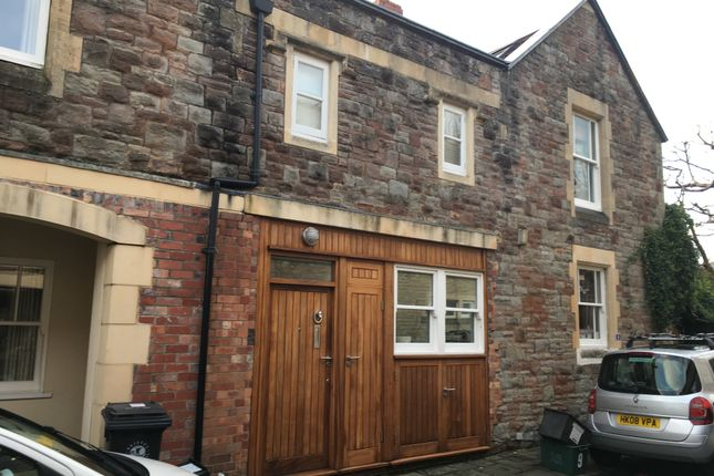 Thumbnail Terraced house to rent in Thorndale Mews, Clifton