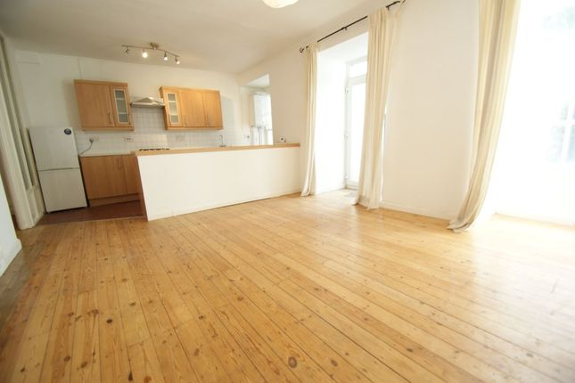 Thumbnail Flat to rent in Cornwallis Crescent, Clifton, Bristol