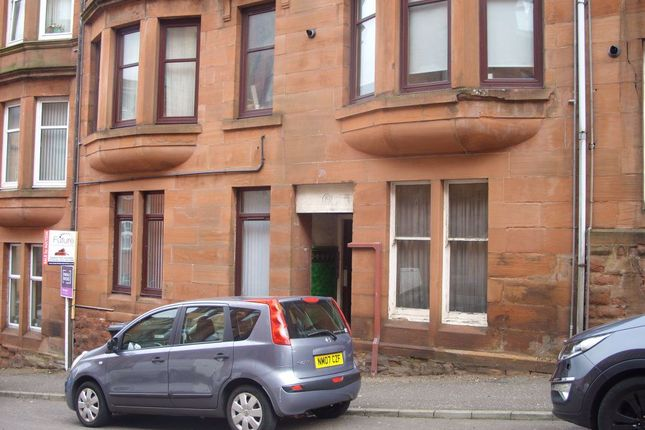 2 bed flat to rent in Mearns Street, Greenock PA15