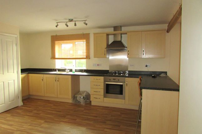Thumbnail 2 bed maisonette to rent in Danes Close, Grimsby