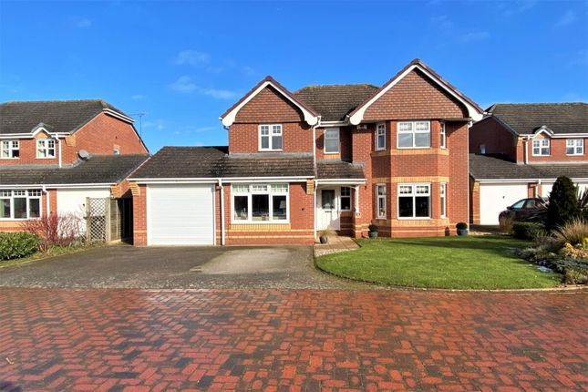 Thumbnail Detached house for sale in Tamora Close, Heathcote, Warwick