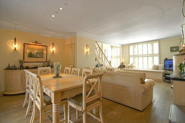 Thumbnail Property to rent in Spear Mews, Earls Court