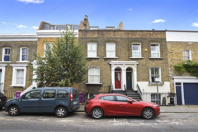 Thumbnail Flat for sale in Kenilworth Road, Bow, London