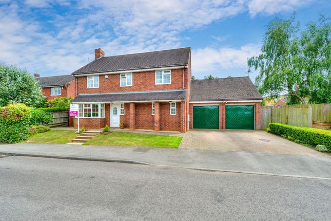 Thumbnail Detached house for sale in Rushmere Close, Bow Brickhill, Milton Keynes