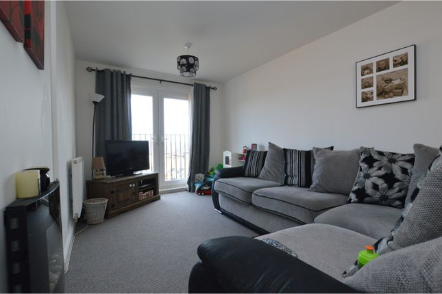 Lounge of Beech Tree Close, Keighley BD21