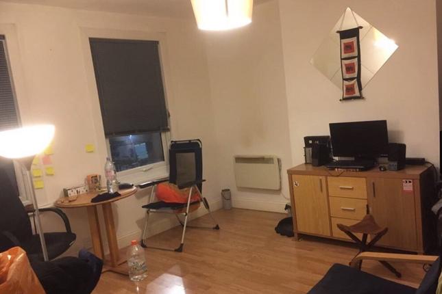 Thumbnail Flat to rent in Wood Street, Walthamstow, London