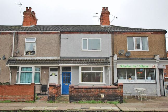 Thumbnail Flat for sale in Alexandra Road, Grimsby