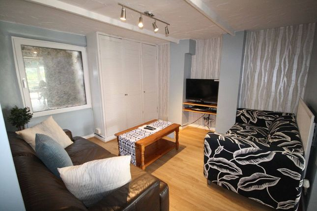 Thumbnail Terraced house to rent in Wellington Street, Ashton-On-Ribble, Preston