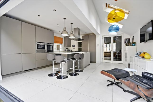 Thumbnail Property for sale in Stile Hall Gardens, Chiswick, London