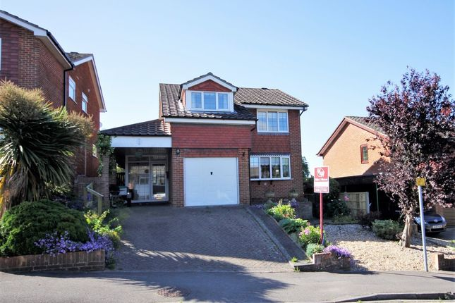 Thumbnail Detached house for sale in Pitchpond Road, Warsash, Southampton