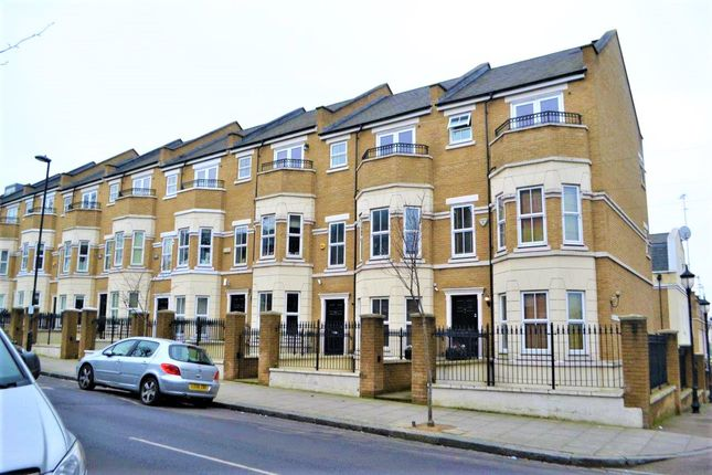 Thumbnail Town house for sale in Busby Place, Kentish Town, London