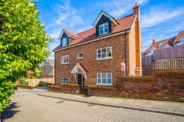 Detached house for sale in Lenborough Road, Buckingham