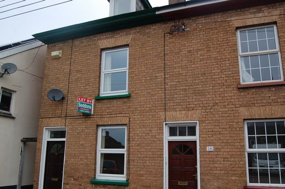 Thumbnail Terraced house to rent in Wellbrook Street, Tiverton