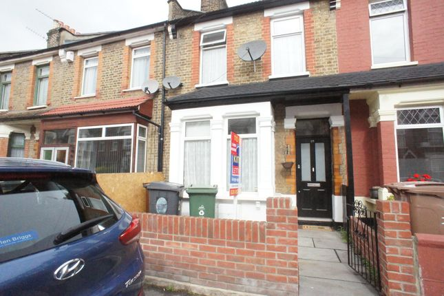 Thumbnail Property to rent in Bateman Road, London