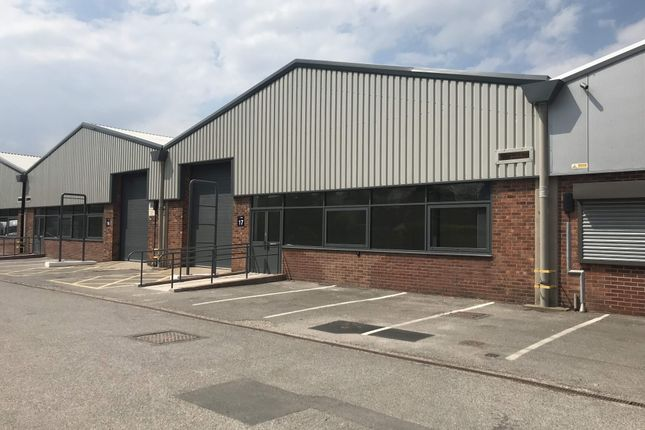 Thumbnail Light industrial to let in Unit 17, Central Trading Estate, Chester