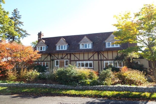 Thumbnail Property to rent in Coldharbour Lane, Hildenborough, Tonbridge