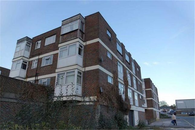 Thumbnail Flat for sale in Sherwood House, Harlow, Essex