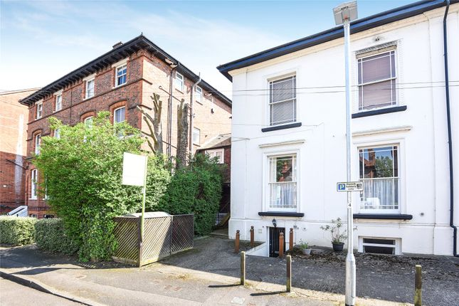 Picture No. 02 of Castle Crescent, Reading, Berkshire RG1