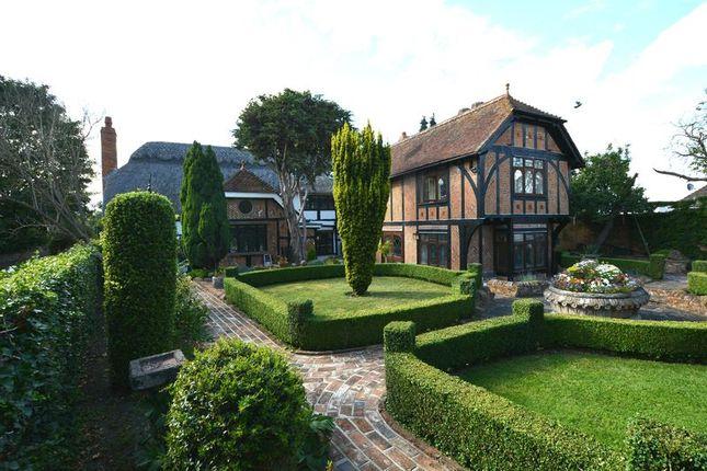5 bed property for sale in School Lane, Weston Turville, Aylesbury