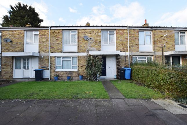 Thumbnail Terraced house for sale in Spinning Wheel Mead, Harlow