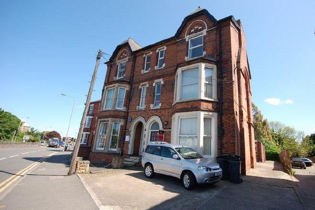 Studio to rent in Loughborough Road, West Bridgford, Nottingham NG2