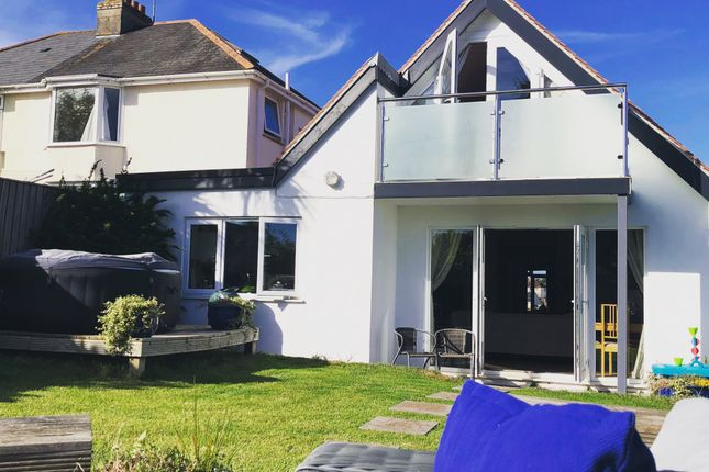 Thumbnail Bungalow for sale in Barnfield Road, Paignton