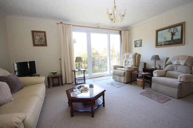 Thumbnail Flat for sale in Sutherland Avenue, Bexhill-On-Sea