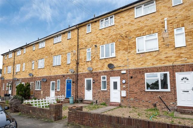 Thumbnail Maisonette to rent in Classon Close, West Drayton, Middlesex