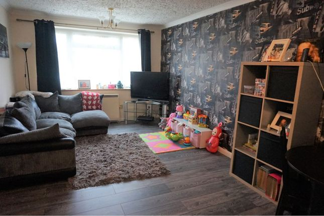 2 bed flat for sale in Quantock Drive, Ashford TN24