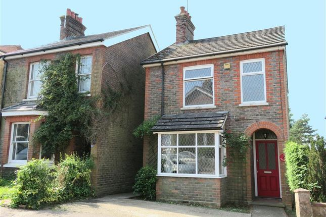 Thumbnail Detached house to rent in Morton Road, East Grinstead