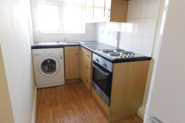 Thumbnail Flat to rent in High Road, Chadwell Heath, Romford, Essex