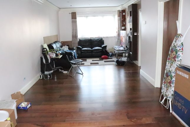 Thumbnail Semi-detached house to rent in Farrer Road, Kenton