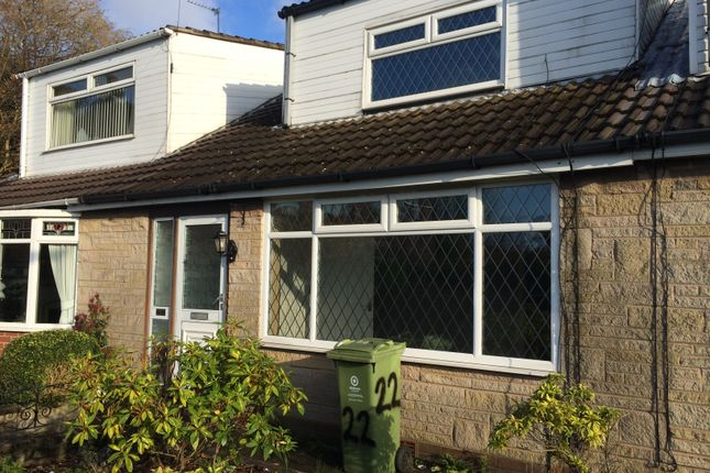 Thumbnail Town house to rent in Huntingdon Avenue, Chadderton, Oldham