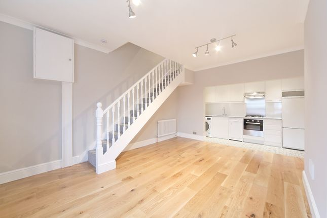 Thumbnail Property to rent in Worple Road, London