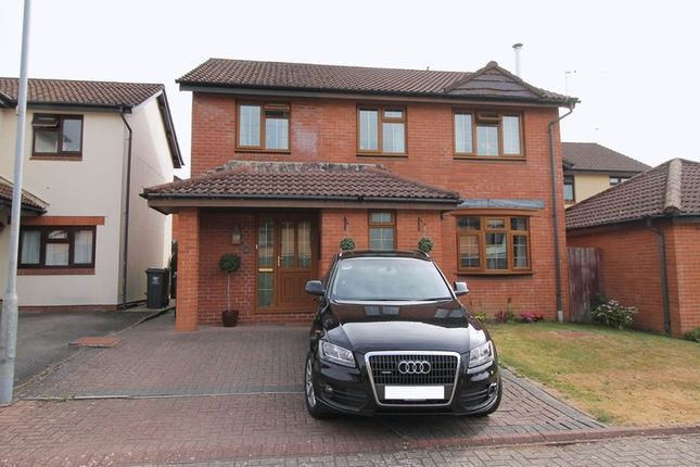 Thumbnail Detached house for sale in Maes Y Nant, Creigiau