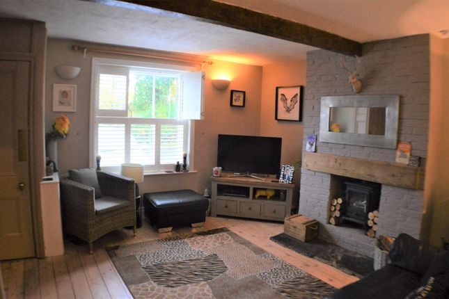 Room To Rent In Clayton Le Woods
